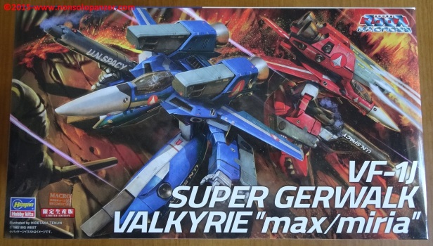 01 VF-1 Super Gerwalk Max-Miria