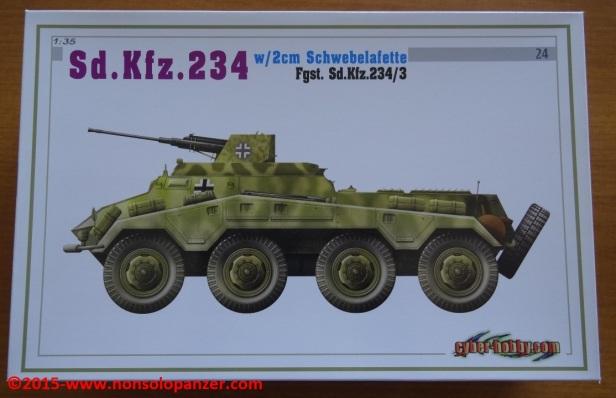 01 Sdkfz 234-3 2cm-Schwebelafette Dragon