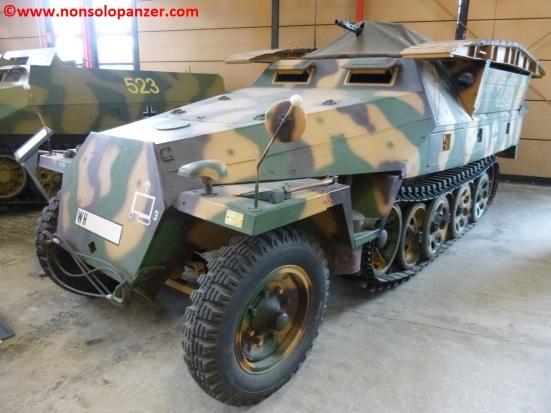 01 Munster Sdkfz 251-7