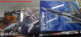 06 Macross items