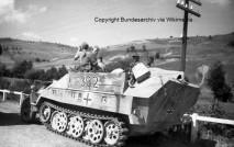 24 Sdkfz 251-7 Storical