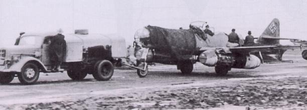 01 Me 262 A-2aU2 Storical