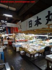 04-tsukiji-market