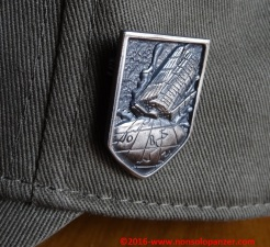 10-principality-of-zeon-pin-badge
