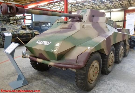 01-sdkfz-234-4-munster-panzermuseum
