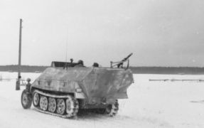 26-storical-sdkfz-251-9-early-type