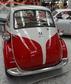 03 BMW Isetta