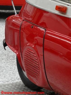 05 BMW Isetta