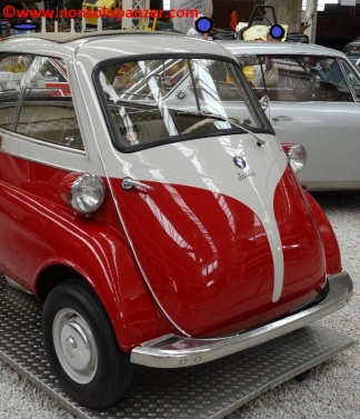06 BMW Isetta