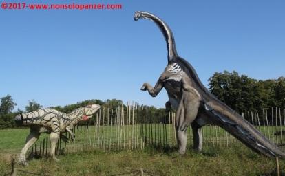 01 Dinosauri in Carne e Ossa