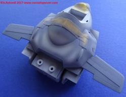040 VF-1S Egg Plane