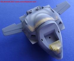 041 VF-1S Egg Plane
