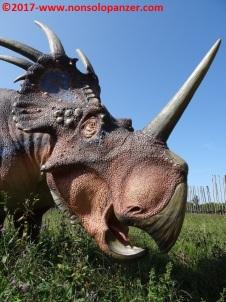 22 Dinosauri in Carne e Ossa