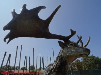 56 Dinosauri in Carne e Ossa