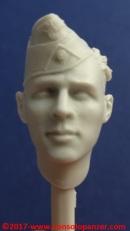 10 116 Pz Division Officer bust Alpine