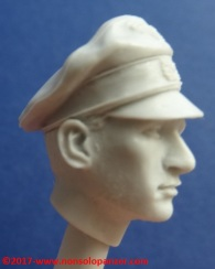 16 116 Pz Division Officer bust Alpine