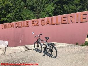 17 Strada delle 52 Gallerie