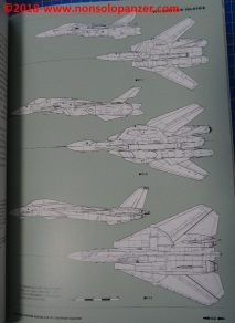 14 Variable Fighter VF-1 Battroid