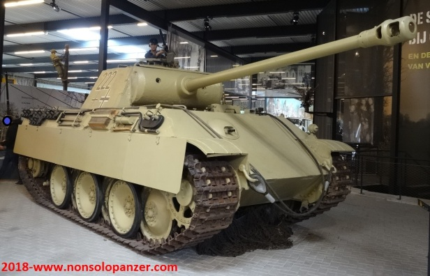 04 Panther Overloon Museum