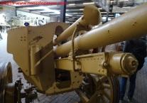 03 105 mm lefh 18 overloon war museum