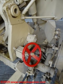 11 105 mm lefh 18 overloon war museum