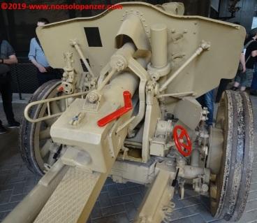 12 105 mm lefh 18 overloon war museum
