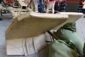 17 105 mm lefh 18 overloon war museum