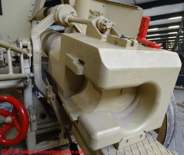19 105 mm lefh 18 overloon war museum