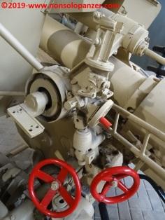 20 105 mm lefh 18 overloon war museum