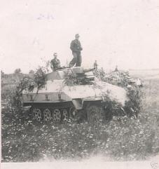 17 Sdkfz. 251-9 late Type