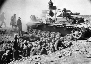 18 Panzer IV Early