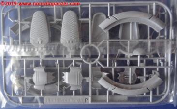 44 Pormelia Class Astro Assault Carrier Bandai