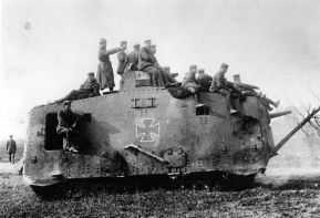 21 WWI Tank storical