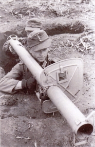 24 Panzerschreck storical