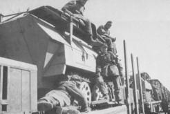 26 Sdkfz 251-7 Storical