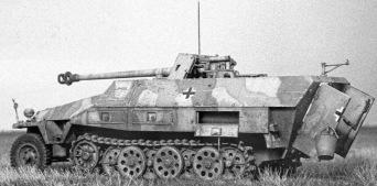 28 Sdkfz 251 Storical