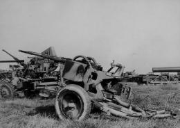44 Flak 103-38 storical